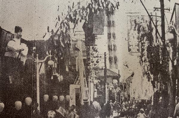 昭和3年 舌切雀の仕掛けもある大町五丁目の七夕飾り
